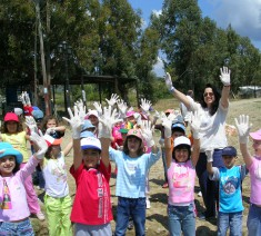 "Environmental Education Volunteer Program ""Children's Helmepa"""